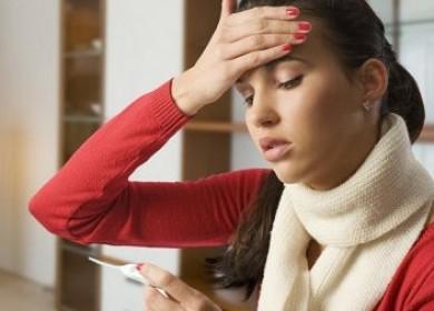Почему болит голова и поднимается температура?