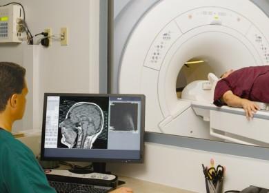 Какие обследования необходимо пройти при регулярных головных болях?