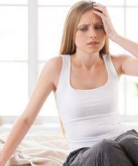 Почему кружится голова при вставании, когда ложишься и при повороте головы?