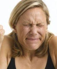 Симптомы и лечение головной боли напряжения