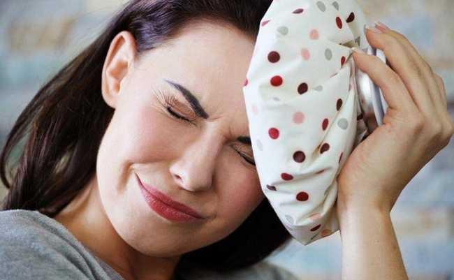 Что можно принять кормящей маме от головной боли?