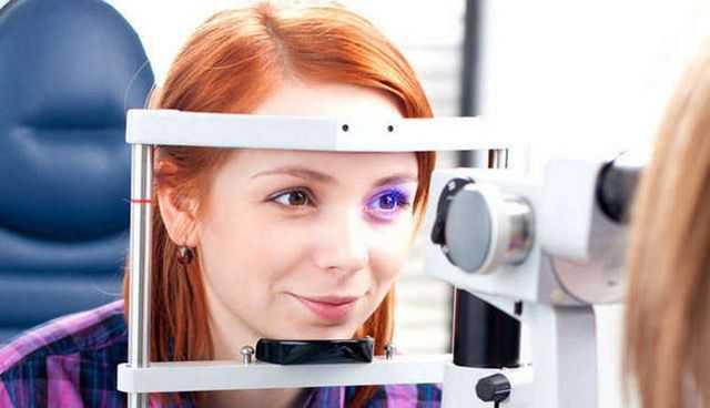 Стимуляция глаза при помощи лазерного луча